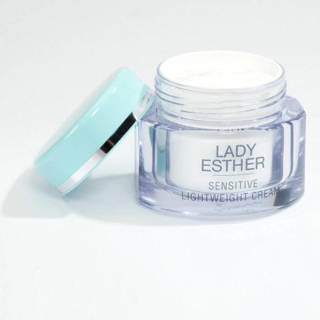 Lady Esther Sensitive lightweight cream, Voor de droge en veeleisende Huid