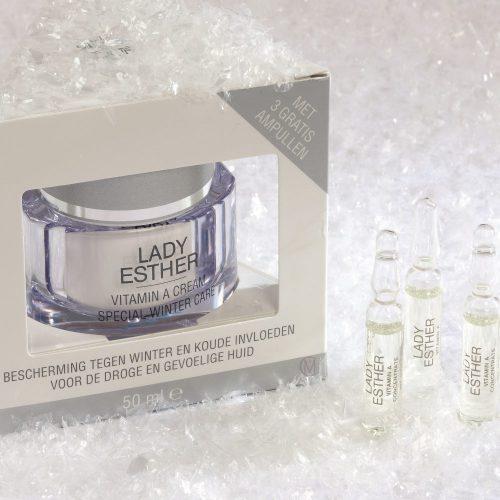 Lady Esther Vitamine A Cream Special Winter Care, met 3 gratis ampullen Speciale Winter en koude Beschermingscrème